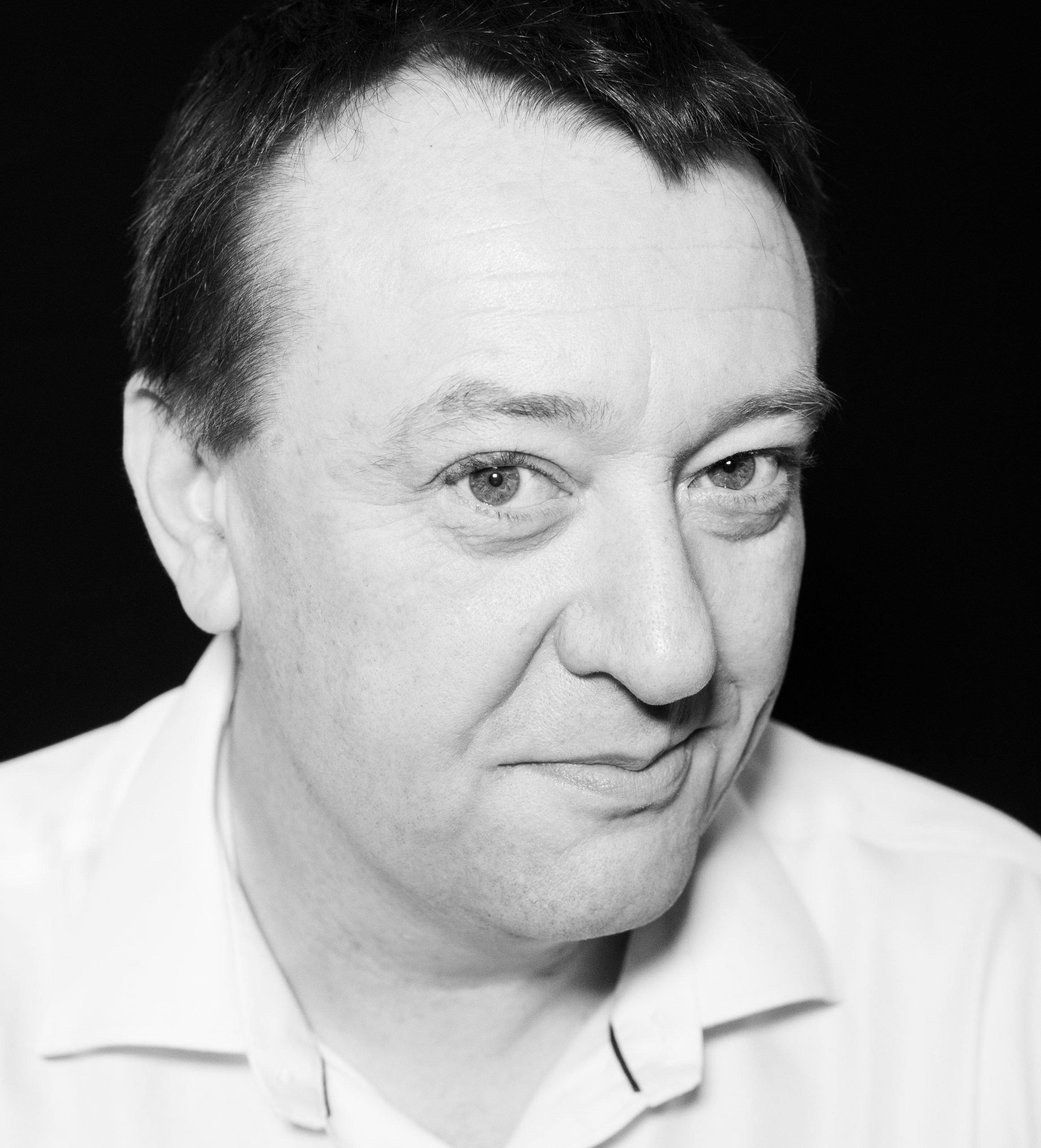 Simon Crompton-Reid